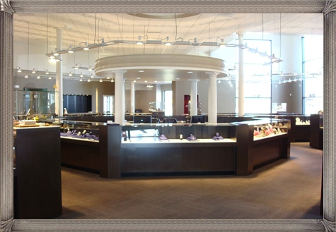 Elegant-Jewellery-Store The 3 Top Rated Jewelry Stores in The World