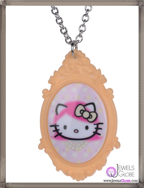 Hello-Kitty-Cameo-Necklace-features-a-head-portrait-cameo The 13 Most Stylish Cheap Cameo Necklaces