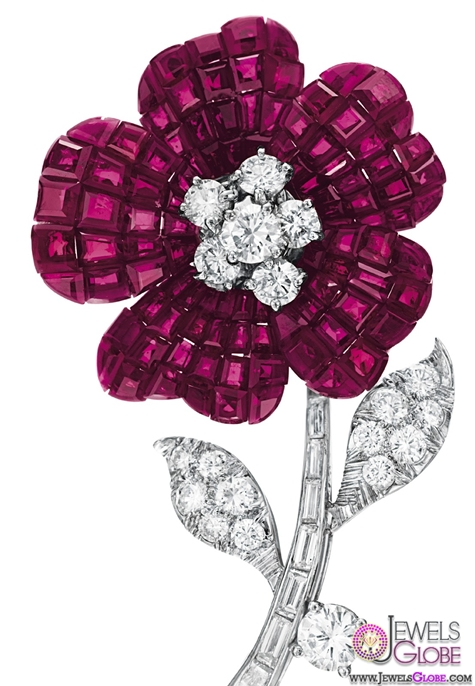 Lucille-Davidson-Flower-brooches-studded-with-diamonds-rare-gemstones-and-natural-pearls Top 10 Gemstone Brooches For Women