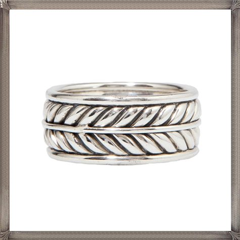 Mens-Wedding-Bands 5 CRITICAL Tips You Should Keep in Mind When Buying Men's Silver Wedding Bands