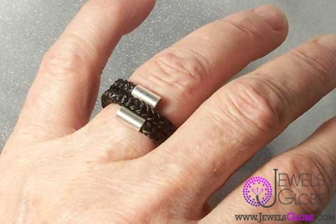 Spiral-horse-hair-ring The 33 Most Popular Horse Hair Jewelry Designs
