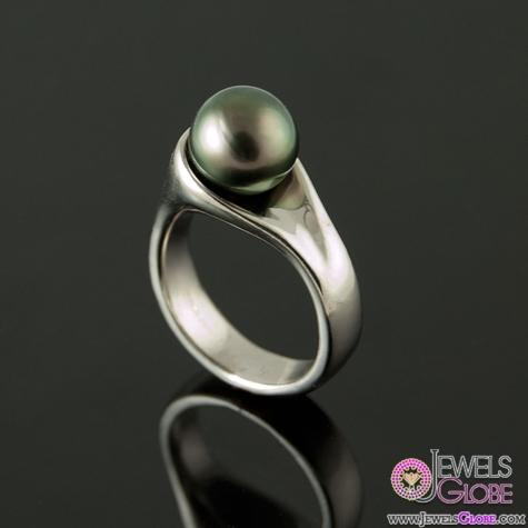 Tahitian-Black-Pearl-Ring-in-Palladium Top Pearl Rings For Sale