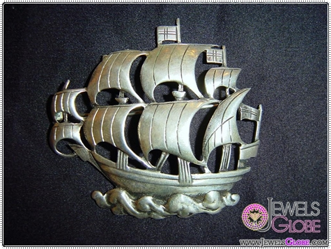 Vintage-Sterling-Silver-Galleon-Brooch Buying Sterling Silver Brooches and Pins Online