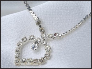 buy-diamond-necklace-300x226 Expensive Diamond Necklaces with Most Popular Designs