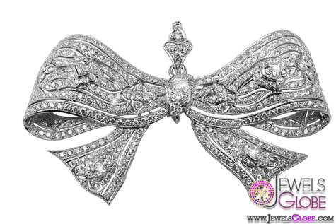 diamond-brooch 13 Stylish Diamond Brooches and Pins Designs For Women