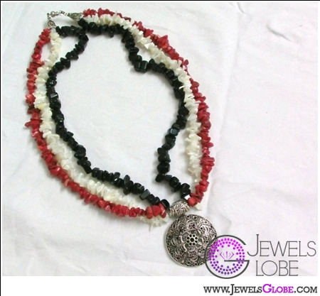 egyptian-flag-colored-necklace 31 Exclusive Arab Revolutions' Accessories Images