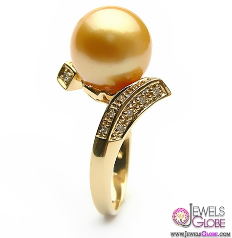 eyes-catching-ring-pieces-with-luxurious-golden-pearl Top Pearl Rings For Sale