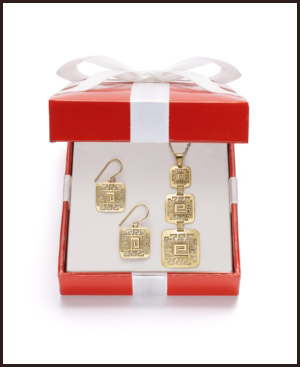 gold-jewelry-care Best Care Mothods for Jewelry, Watches and Gemstones