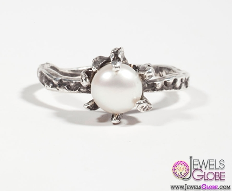 gorgeous-ring-with-a-large-lustrous-pearl Top Pearl Rings For Sale