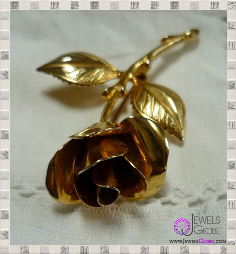 il_fullxfull.333244131 TOP 36 Golden Brooches