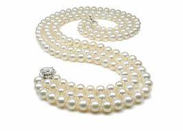 image002 The Best Pearls Shapes Suitable For Evenings and Parties