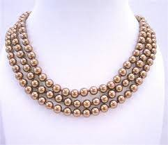 image0081 The Best Pearls Shapes Suitable For Evenings and Parties