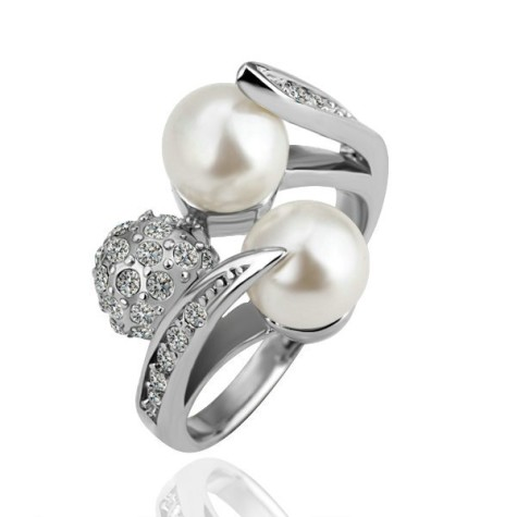 pearl-wedding-rings-for-women-475x475 How to Choose Wedding Rings for Bride and Groom with Most Popular Designs