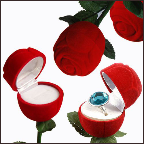 velvet-jewelry-boxes Best Jewellery Boxes to Keep Your Jewelry and Precious Gold in